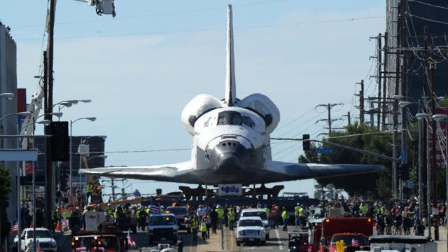 Space Shuttle Endeavour Inches Toward Final Home