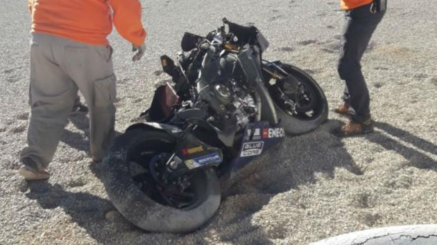 <p>Rossi wrecks bike in Valencia test, Bautista back fracture ruled out</p>