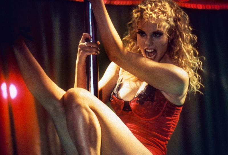 Elizabeth Berkley strikes a pose in 'Showgirls' (Photo: United Artists/ Courtesy: Everett Collection.)
