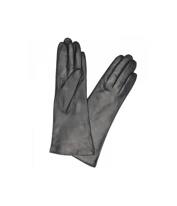 "<b>3. <a target=""_blank"" href=""http://www.harveynichols.com/womens/categories-1/designer-accessories/hats-gloves/s372506-cashmere-lined-leather-gloves.html?colour=BLACK "">Dents Cashmere Leather Lined Gloves</a> £70  </b><br><br>In keeping with all black, complete your outfit with these chic oh so warm noir cashmere lined leather gloves from Dents. <br><br>"