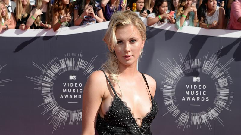 Ireland Baldwin celebrates six years free of eating disorders