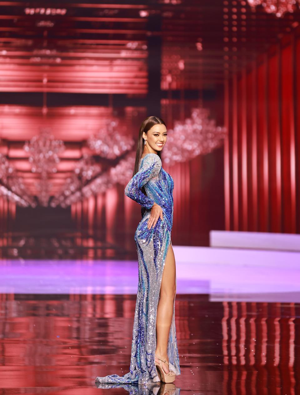 <p>Amanda Obdam, Miss Universe Thailand 2020 competes on stage as a Top 10 finalist in an evening gown of her choice during the 69th Miss Universe Competition on May 16, 2021 at the Seminole Hard Rock Hotel & Casino in Hollywood, Florida airing LIVE on FYI and Telemundo. Contestants from around the globe have spent the last few weeks touring, filming, rehearsing and preparing to compete for the Miss Universe crown. (PHOTO: Miss Universe)</p>