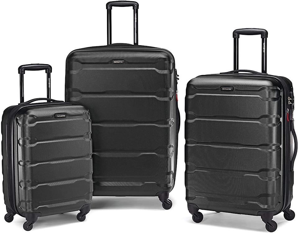 "<br><br><strong>Samsonite</strong> Omni PC Hardside Expandable Luggage, $, available at <a href=""https://amzn.to/2H4QevV"" rel=""nofollow noopener"" target=""_blank"" data-ylk=""slk:Amazon"" class=""link rapid-noclick-resp"">Amazon</a>"