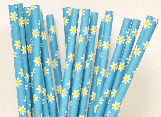 "<strong>25, 4.50 | <a href=""http://www.etsy.com/listing/120017519/new-blue-daisy-paper-straws-25-daisy"">etsy: ThePartyFairy</a></strong>"