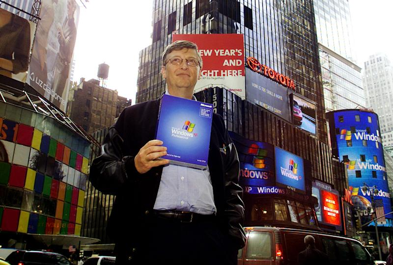 Microsoft's Bill Gates Launches Windows XP