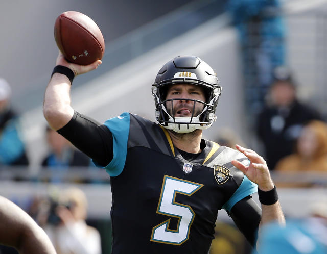 Blake Bortles completed 12 passes for 87 yards in Sunday's Jacksonville victory. (AP)