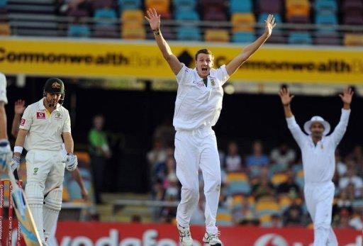 South Africa, who made 450, had the hosts Australia under pressure at 111 for three in reply at stumps