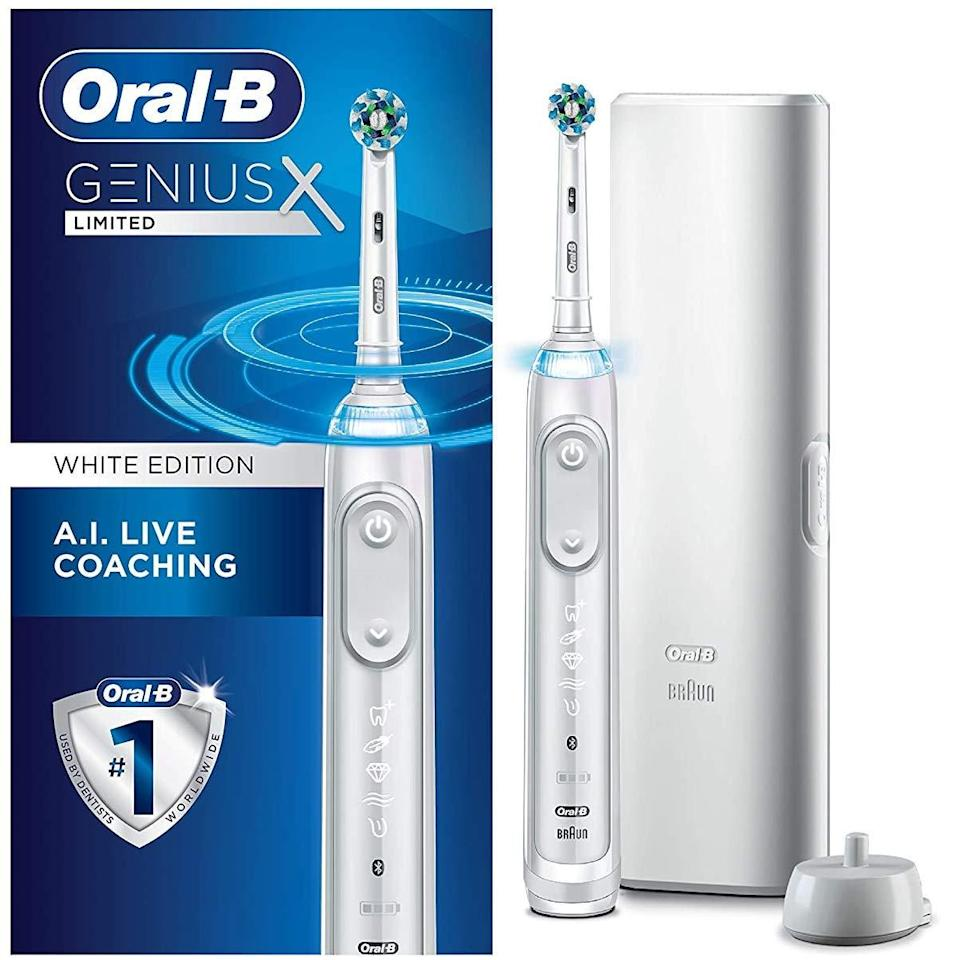 Oral-b electric toothbrush, best Amazon Prime Day deals