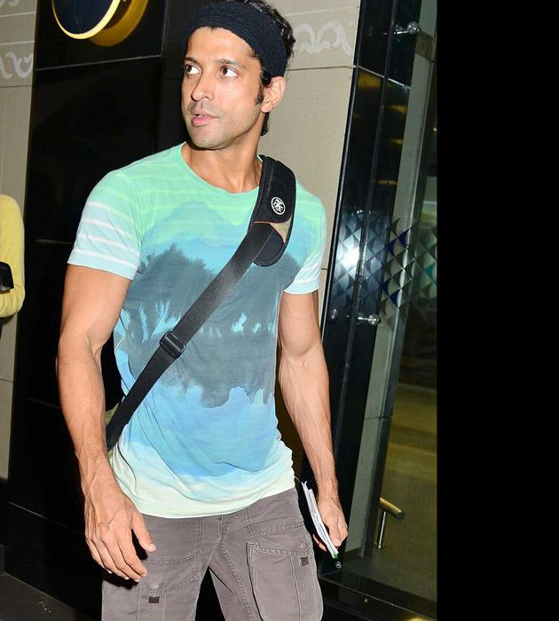 Celebs return from Singapore