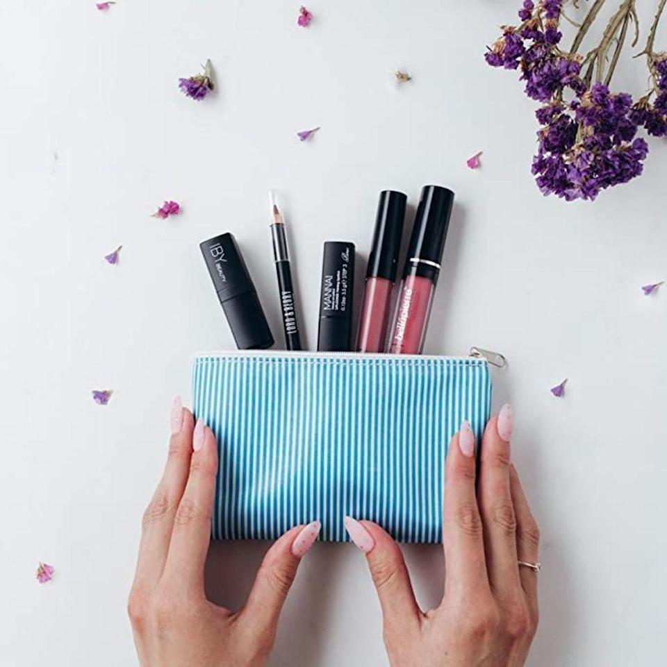 9 Of The Best Makeup Subscription Bo