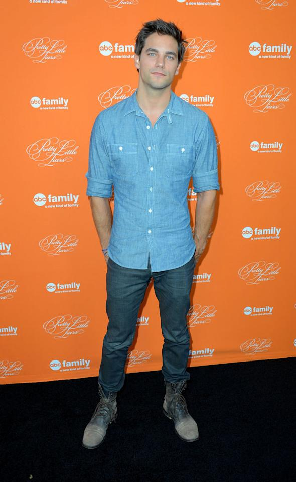 """Ian Harding arrives at the screening of ABC Family's """"Pretty Little Liars"""" Special Halloween Episode at Hollywood Forever Cemetery on October 16, 2012 in Hollywood, California."""