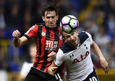 Britain Soccer Football - Tottenham Hotspur v AFC Bournemouth - Premier League - White Hart Lane - 15/4/17 Tottenham's Harry Kane in action with Bournemouth's Charlie Daniels Reuters / Dylan Martinez Livepic