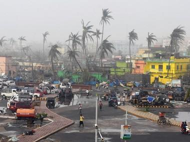 Cyclone Fani survivors: As Bhubaneswar struggles to rise to its feet, water and power scarcity levels rich-poor divide