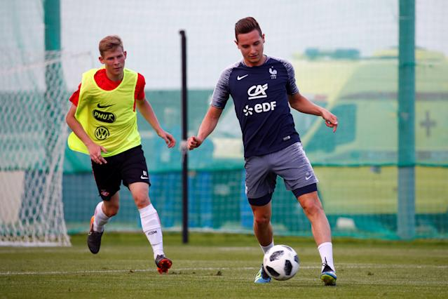 Soccer Football - World Cup - France Training - France Training Camp, Moscow, Russia - June 22, 2018 France's Florian Thauvin during training REUTERS/Axel Schmidt