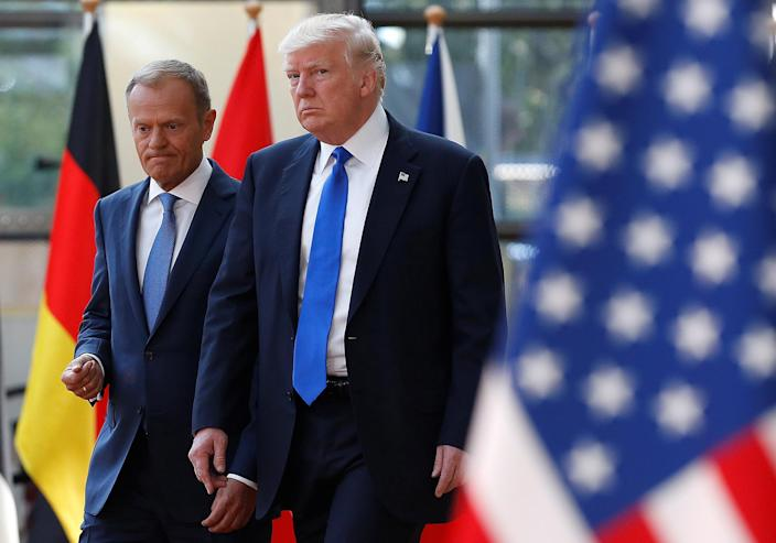 <p>President Donald Trump (R) walks with the President of the European Council Donald Tusk in Brussels, Belgium, May 25, 2017. (Photo: Francois Lenoir/Reuters) </p>