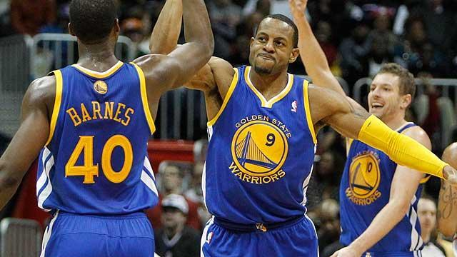 Warriors make three-team trade with Celtics, Heat