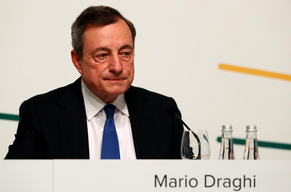 Mario Draghi, President of the European Central Bank (ECB), attends a news conference in Vilnius, Lithuania June 6, 2019. REUTERS/Ints Kalnins