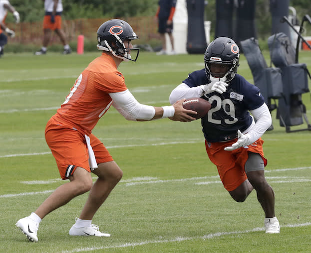 """<a class=""""link rapid-noclick-resp"""" href=""""/nfl/players/30115/"""" data-ylk=""""slk:Mitchell Trubisky"""">Mitchell Trubisky</a> and <a class=""""link rapid-noclick-resp"""" href=""""/nfl/players/30232/"""" data-ylk=""""slk:Tarik Cohen"""">Tarik Cohen</a> are a pair of <a class=""""link rapid-noclick-resp"""" href=""""/nfl/teams/chi"""" data-ylk=""""slk:Bears"""">Bears</a> on the verge of greatly outperforming their fantasy draft day ADPs. (AP Photo/Charles Rex Arbogast)"""