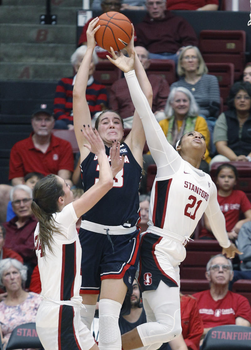 Hull scores 20 points in Stanford's OT win over Gonzaga