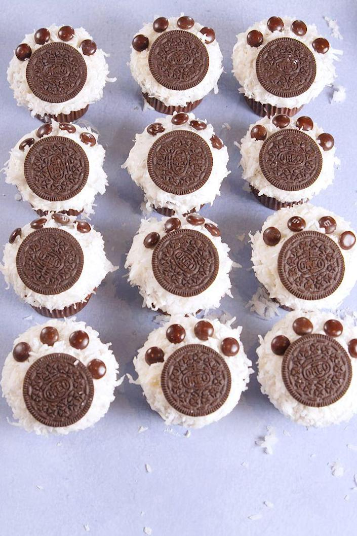 """<p>You'll cry these are so cute.</p><p>Get the recipe from <a href=""""https://www.delish.com/cooking/recipe-ideas/recipes/a56687/polar-bear-paw-cupcakes-recipe/"""" rel=""""nofollow noopener"""" target=""""_blank"""" data-ylk=""""slk:Delish"""" class=""""link rapid-noclick-resp"""">Delish</a>.</p>"""