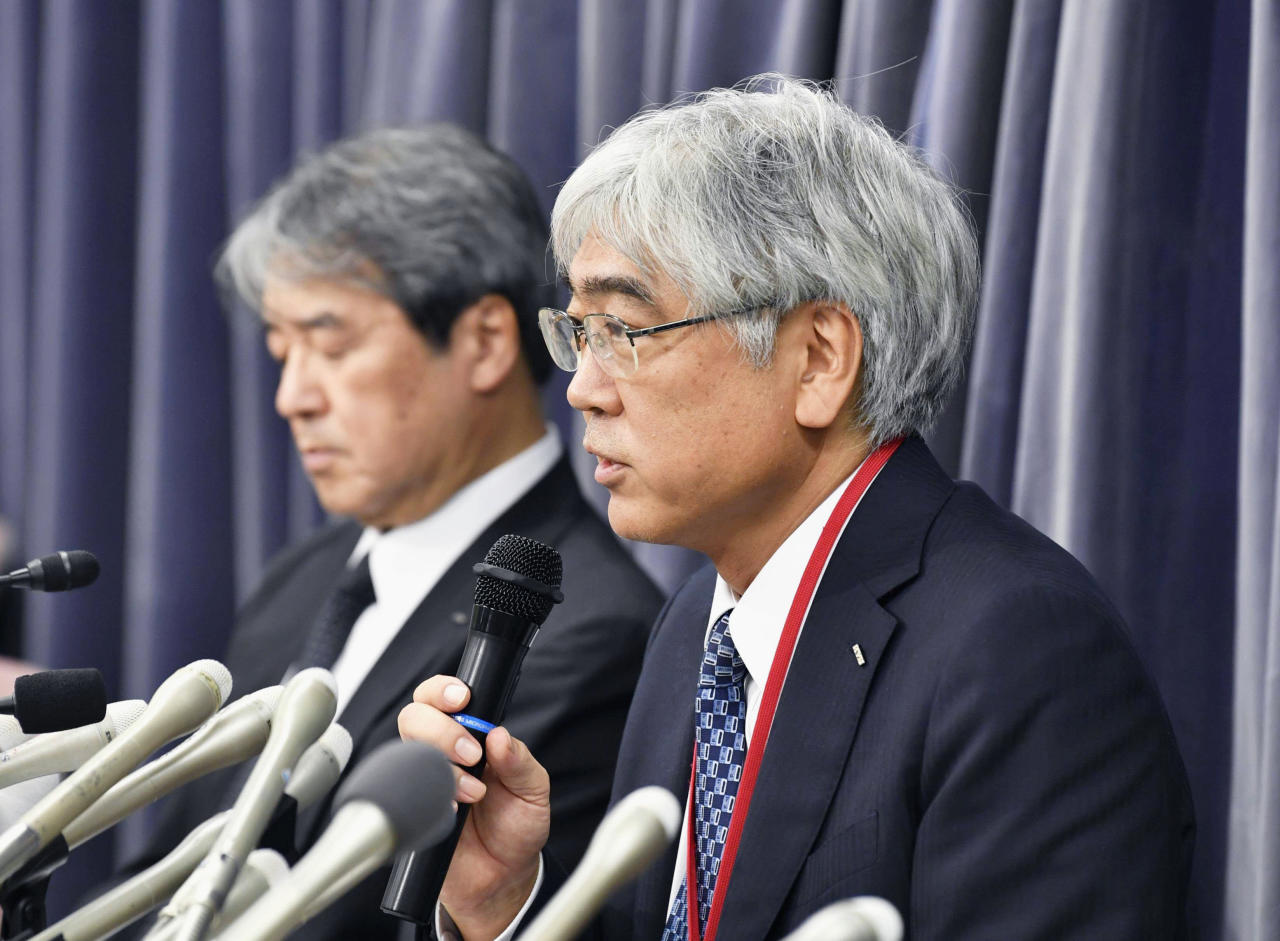 "<p> KYB Corp. Senior Managing Executive Officer Keisuke Saito, right, speaks during a press conference in Tokyo Friday, Oct. 19, 2018. The Japanese government has ordered the company that falsified quality data for earthquake ""shock absorbers"" used in hundreds of buildings to speed up an investigation and fix any problems quickly. (Yu Nakajima/Kyodo News via AP) </p>"