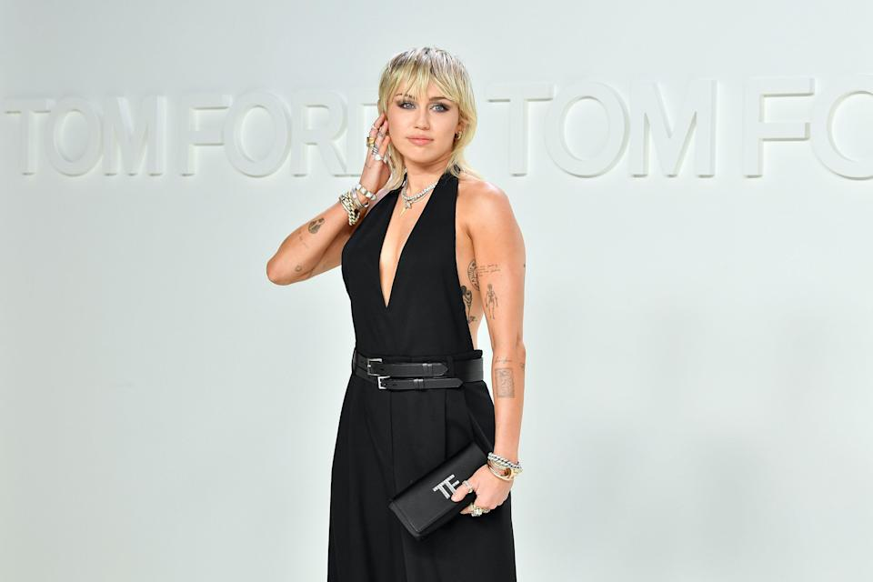 """<h1 class=""""title"""">Tom Ford AW20 Show - Arrivals</h1><cite class=""""credit"""">Amy Sussman</cite>"""