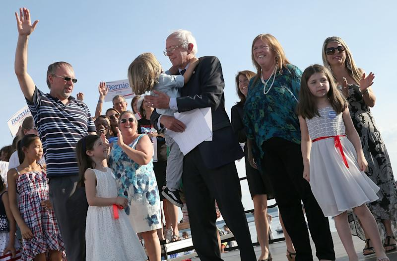 Sen. Bernie Sanders gathers with members of his family after officially announcing his candidacy for the U.S. presidency on May 26, 2015 in Burlington, Vermont.