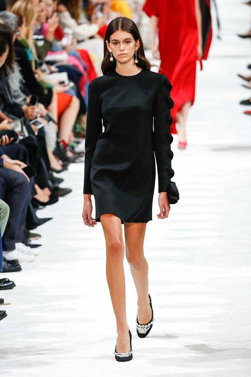 Kaia Gerber walks the runway during the Valentino show as part of the Paris Fashion Week Womenswear Spring/Summer 2018 on October 1, 2017 in Paris, France. (Photo by Peter White/Getty Images)