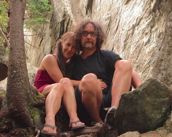 The author (right) and his girlfriend, Susan. (Roy Cross)