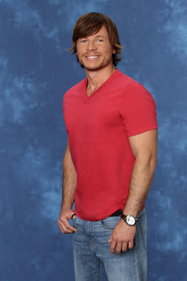 "Alessandro, 30, a grain merchant from St. Paul, MN is featured on the eighth edition of ""<a href=""http://tv.yahoo.com/bachelorette/show/34988"">The Bachelorette</a>."""