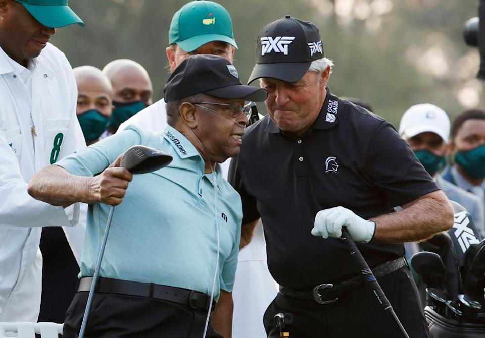 Gary Player with Lee Elder during the ceremonial start of play at Augusta on Thursday