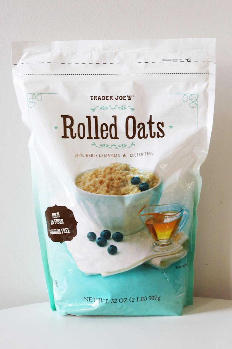 <p>For those who are gluten-free, these rolled oats are a breakfast lifesaver. Not only are they a delicious way to start the day, but they're cheaper than traditional oatmeal. If you're ready for a quick, filling, gluten-free breakfast, this oatmeal is for you. </p>