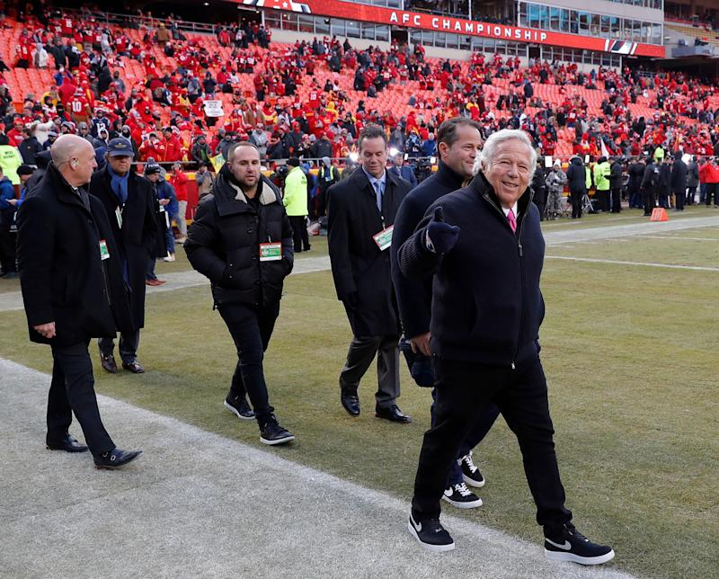 Florida prosecutors offer Patriots owner Robert Kraft deal to drop solicitation charges