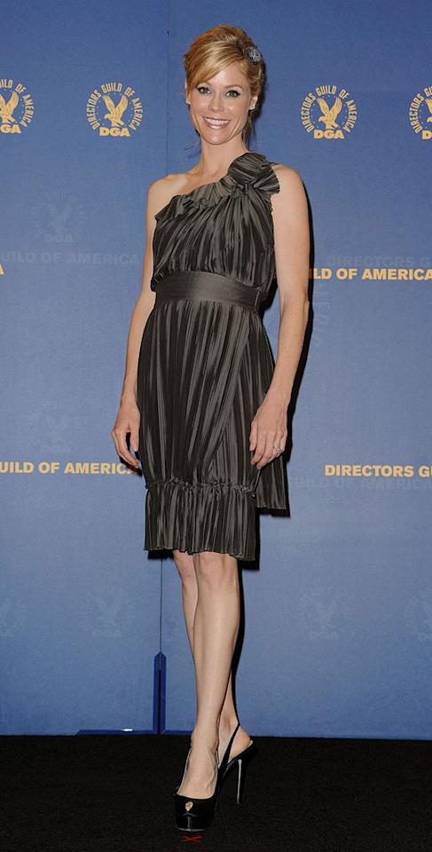 """<a href=""""http://movies.yahoo.com/movie/contributor/1800253184"""">Julie Bowen</a> at the 62nd Annual Directors Guild of America Awards in Century City, California on January 30, 2010."""