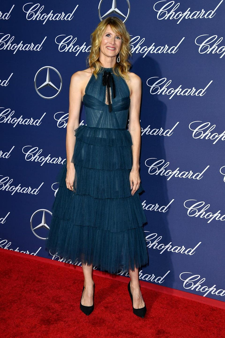 <p>The 'Jurassic Park' alumni looked lovely in teal. [Photo: Getty] </p>