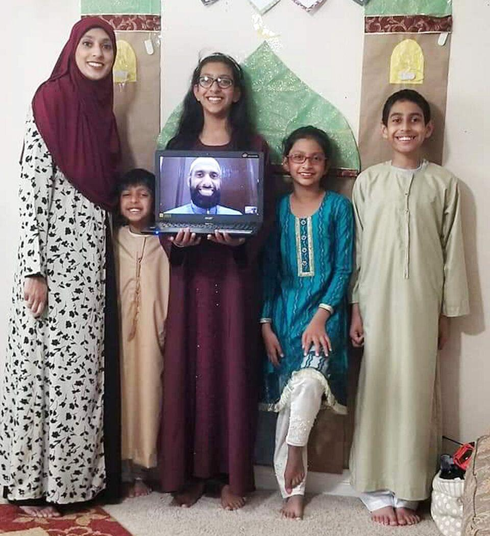 Umaima Jafri, a 37-year-old mother, with her four children. (Photo: Photo provided by Umaima Jafri)