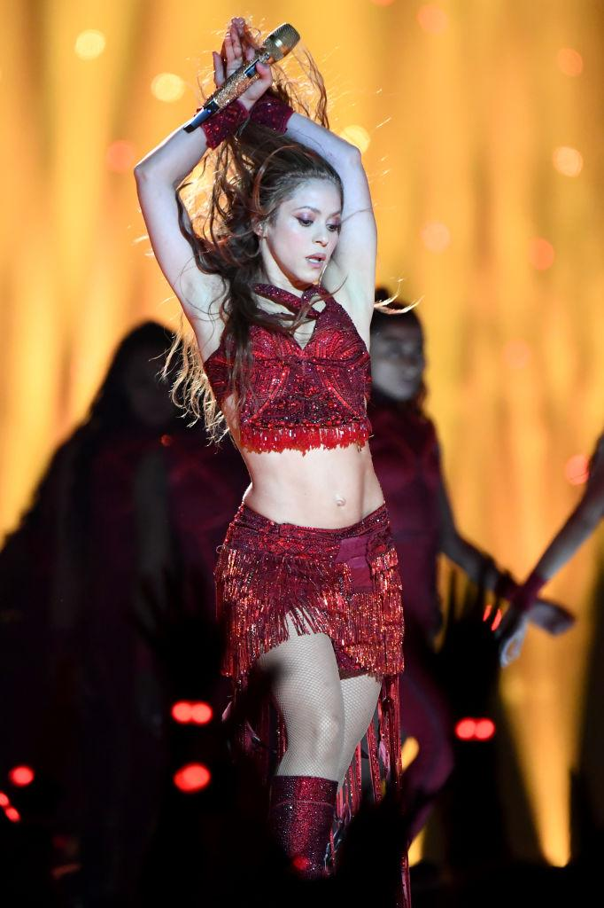 Shakira dazzled in a custom Peter Dundas two-piece [Photo: Getty]