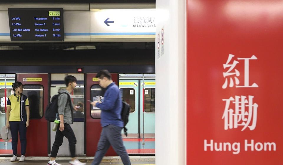 Despite the early morning close call, services on the MTR's West Rail Line were not affected on Monday. Photo: Nora Tam