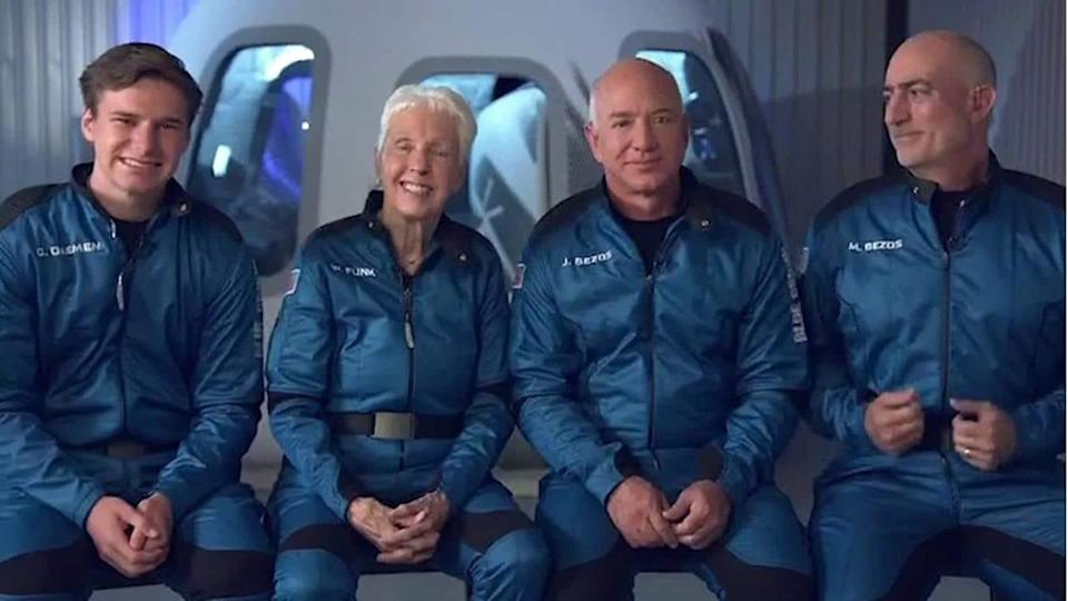 Jeff Bezos travels to space in his own rocket