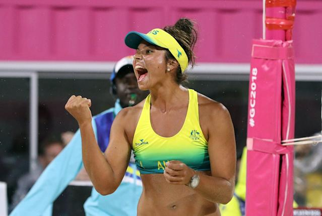 Beach Volleyball - Gold Coast 2018 Commonwealth Games - Women's Gold Medal Match - Australia v Canada - Coolangatta Beachfront - Gold Coast, Australia - April 12, 2018. Mariafe Artacho Del Solar of Australia in action. REUTERS/Athit Perawongmetha
