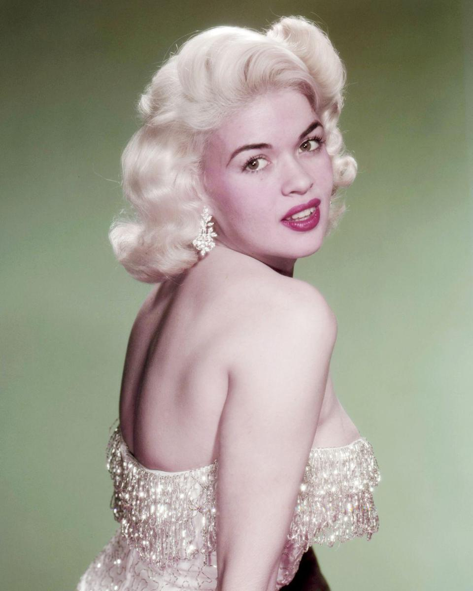 """<p>The success of Mansfield's first feature film caught the attention of her studio and Fox began marketing her as the <a href=""""http://themarilynmonroecollection.com/marilyn-monroe-signed-note/"""" rel=""""nofollow noopener"""" target=""""_blank"""" data-ylk=""""slk:&quot;Marilyn Monroe King-Size.&quot;"""" class=""""link rapid-noclick-resp"""">""""Marilyn Monroe King-Size.""""</a> The success of Mansfield as a '50s sex symbol only grew from there. </p>"""