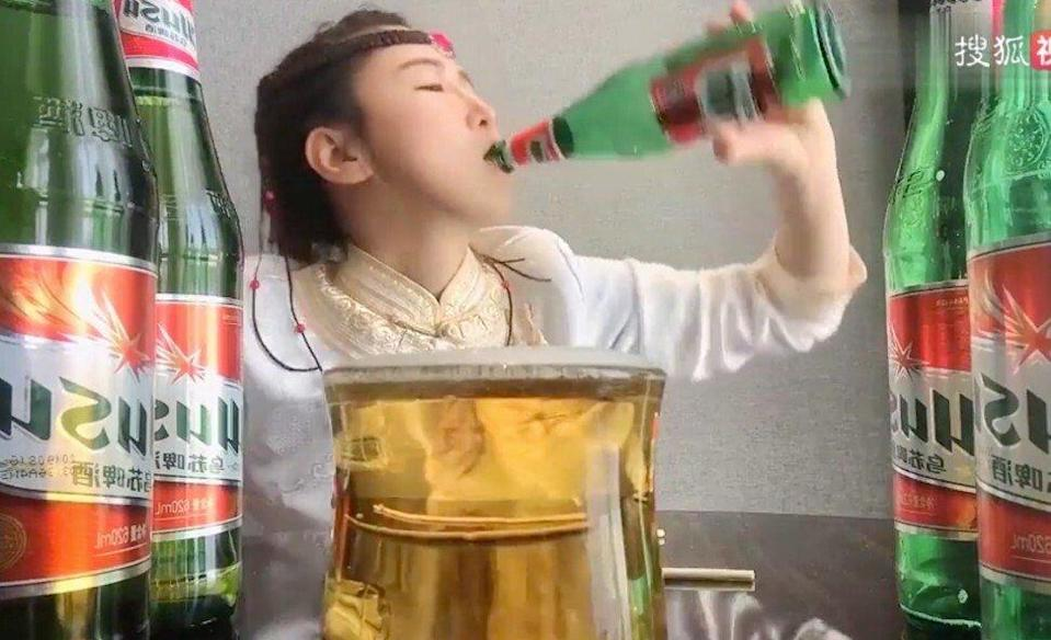Handout image shows binge drinkers consuming beer on social media in China. There has been a backlash against binge-drinking live-streamers after authorities previously cracked down on mukbang, or binge-eating live-streamers. A man died in 2019 from binge drinking while chasing live-streaming views. Photo: Sohu