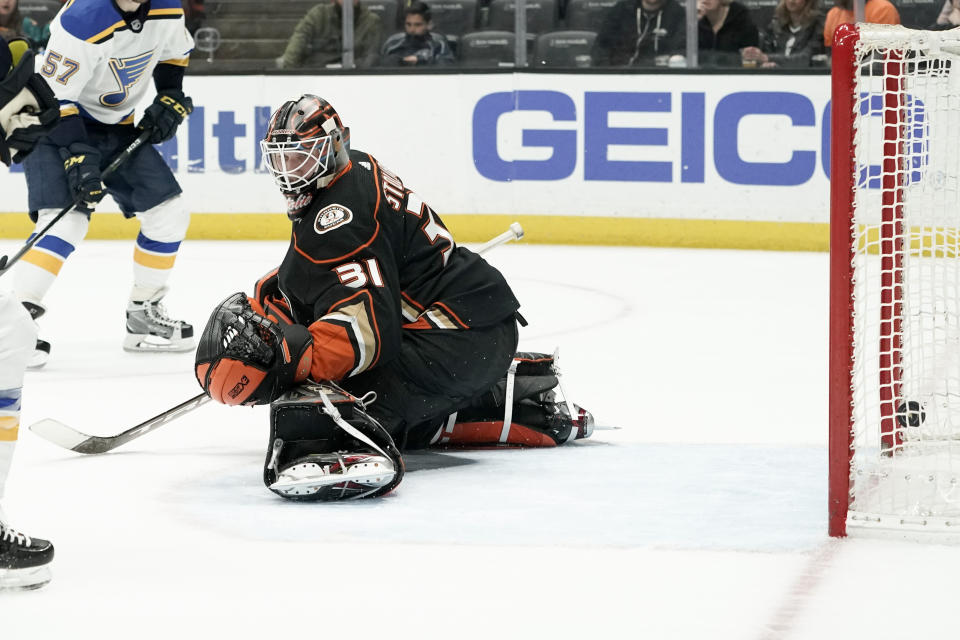 Anaheim Ducks goaltender Anthony Stolarz can't stop a goal by St. Louis Blues defenseman Alex Pietrangelo during the first period of an NHL hockey game in Anaheim, Calif., Wednesday, March 11, 2020. (AP Photo/Chris Carlson)