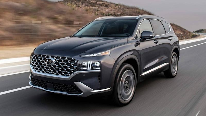 2021 Hyundai Santa Fe unveiled with updated design and features