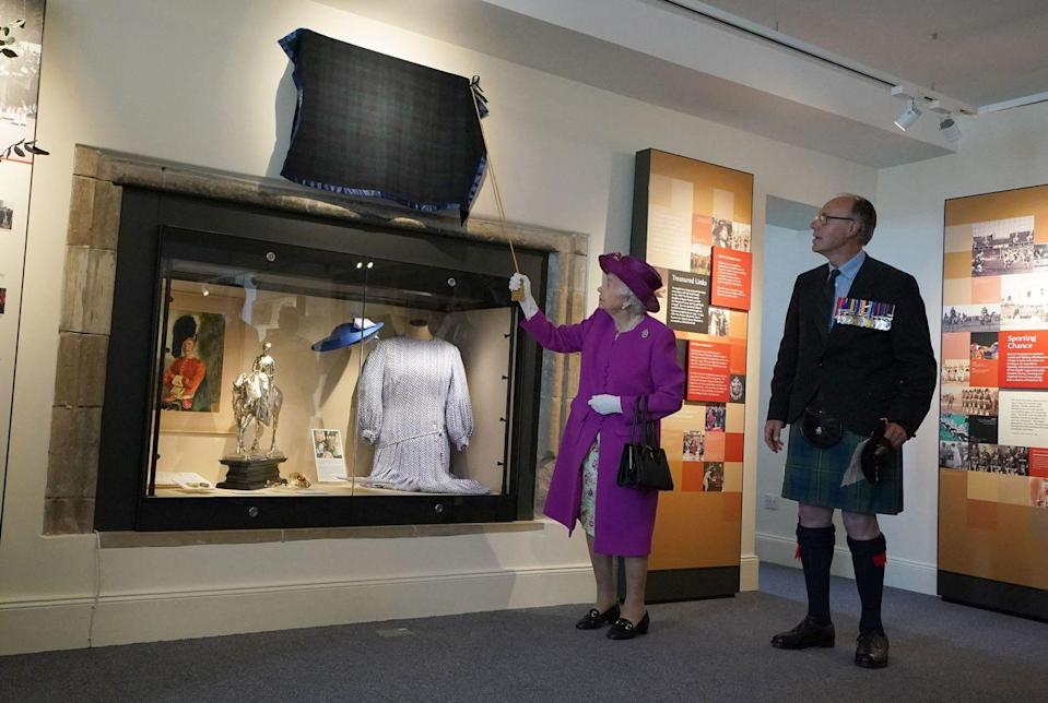 <p>The queen unveils a plaque for the opening of the Sutherland Highlanders Museum at Stirling Castle in Stirling, Scotland on June 29, 2021.</p>