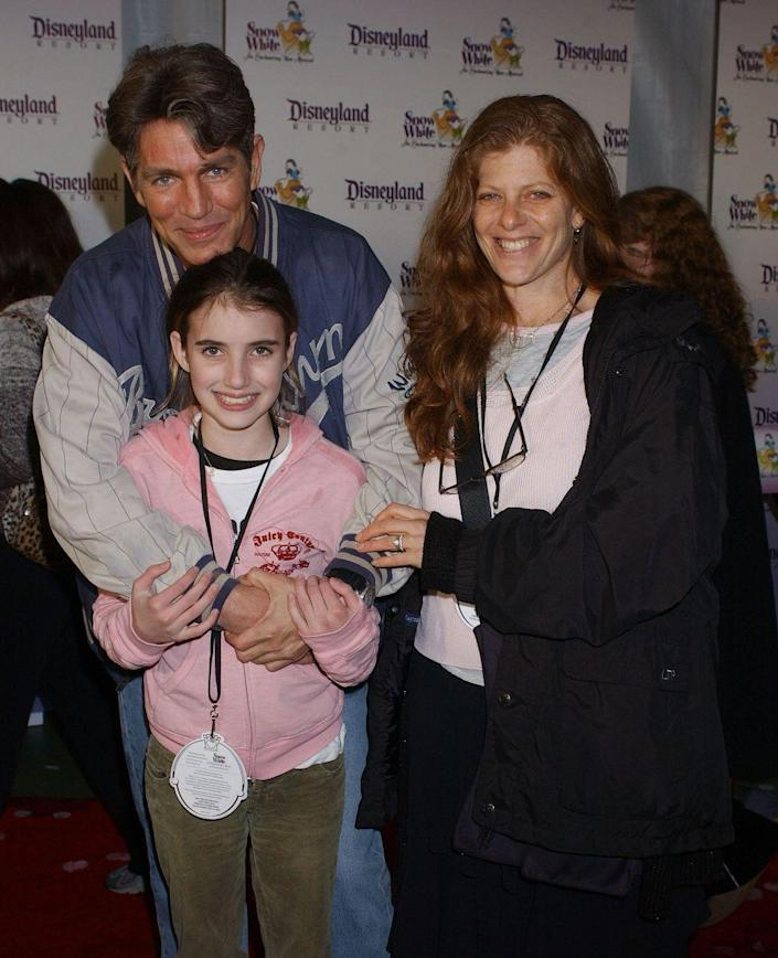 "<p><strong>Famous parent(s)</strong>: actor Eric Roberts (her aunt is Julia Roberts)<br><strong>What it's like</strong>: ""I think it's important to choose...to make decisions for yourself,"" Emma has <a href=""https://www.cbsnews.com/news/emma-roberts-doesnt-take-advice-from-famous-family/"" rel=""nofollow noopener"" target=""_blank"" data-ylk=""slk:said"" class=""link rapid-noclick-resp"">said</a>. ""And that's part of growing up in any career you have. I think you need to know what you like and what you don't and how you want to build a career.""</p>"