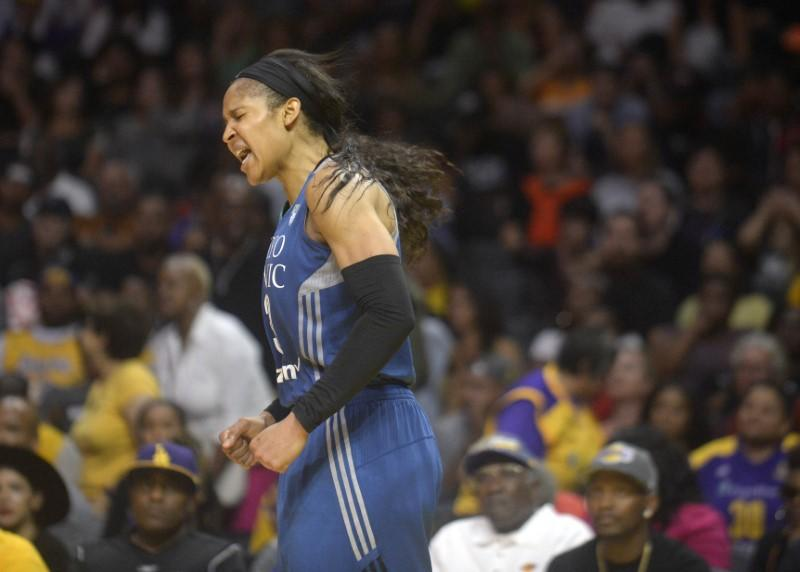 Maya Moore marries man she helped free from prison