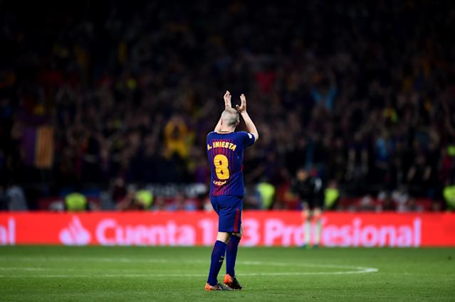 Andres Iniesta leaves one last Copa Del Rey final to a standing ovation. (Getty)