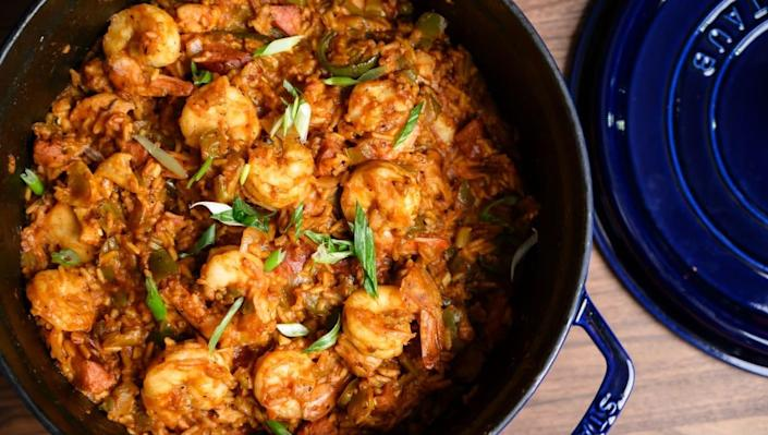 How to make Cajun-style jambalaya in a Dutch oven