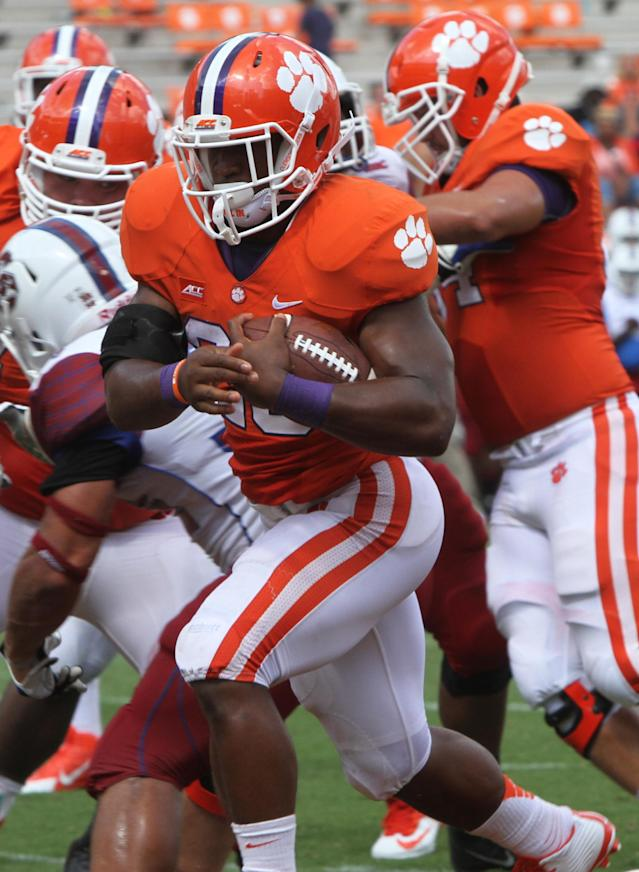 Clemson leading rusher Adam Choice out for season